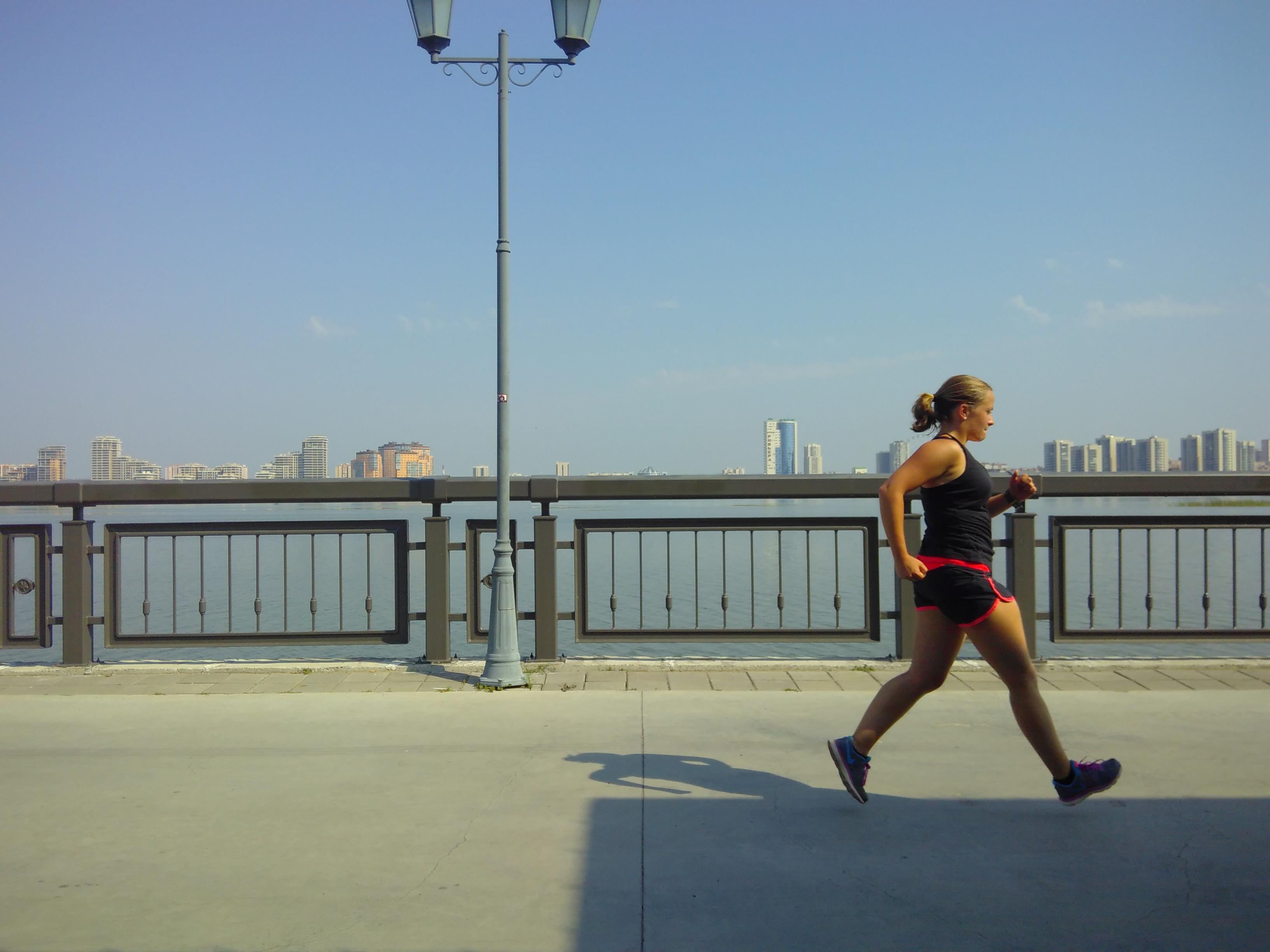 Hardlopen op de boulevard in Kazan