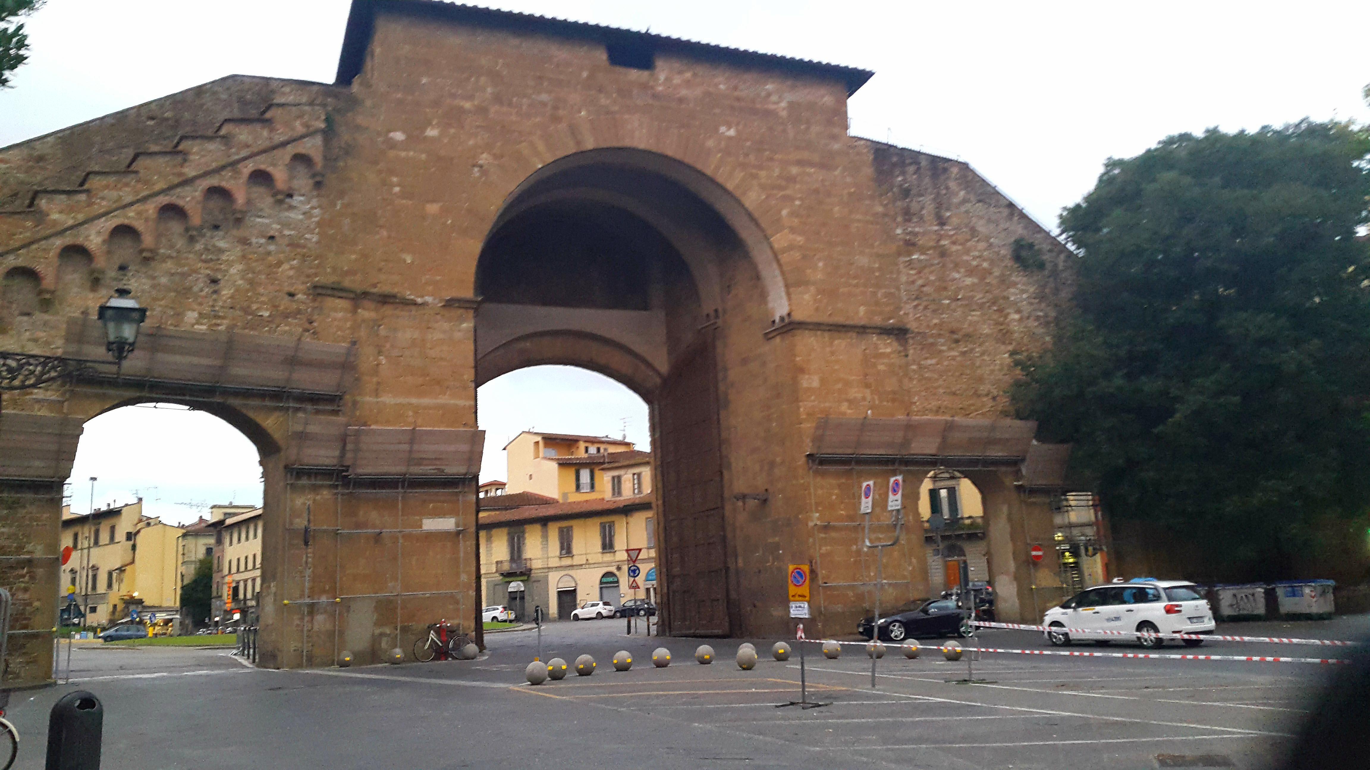 Florence, stadspoort Romana