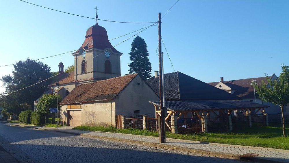 Hardlopen in Tsjechie - kerkje