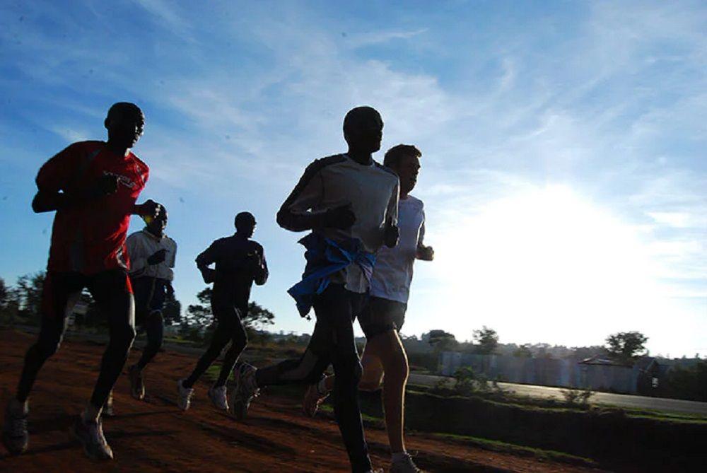 Lopen met de Kenianen genieten