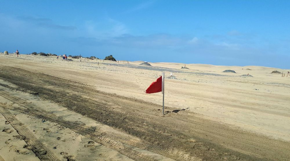 Hardlopen op Gran Canaria, wapperende rode vlag