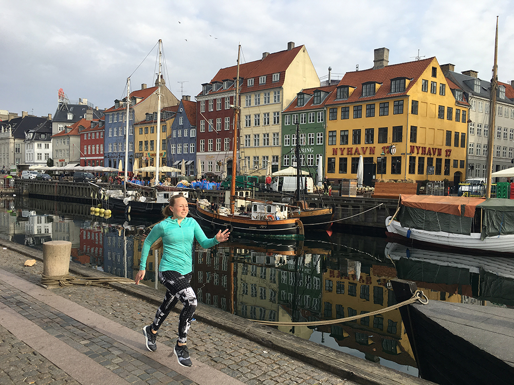 Hardlopen in Kopenhagen 8 - Girls Run The World