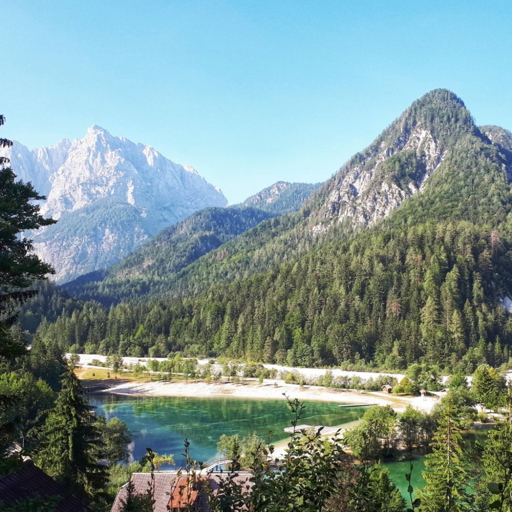 Hardlopen in Slovenië-Uitzicht Lake Jasna
