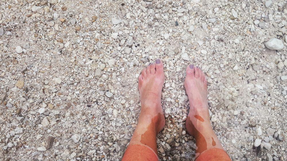 Hardlopen in Slovenië-voeten in Lake Jasna