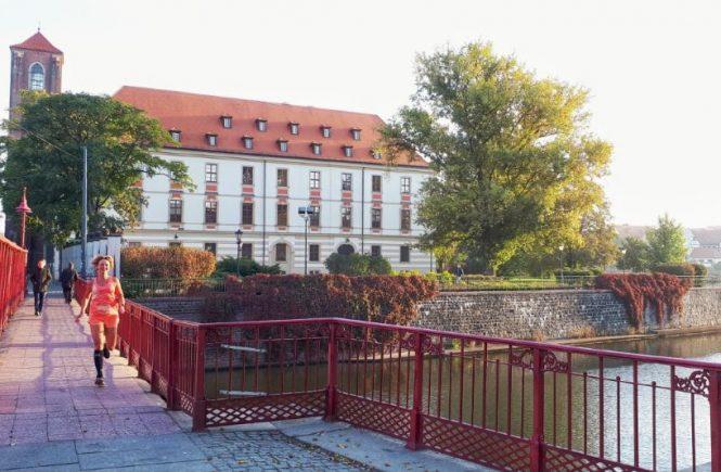 Hardlopen in Wroclaw - de rode brug