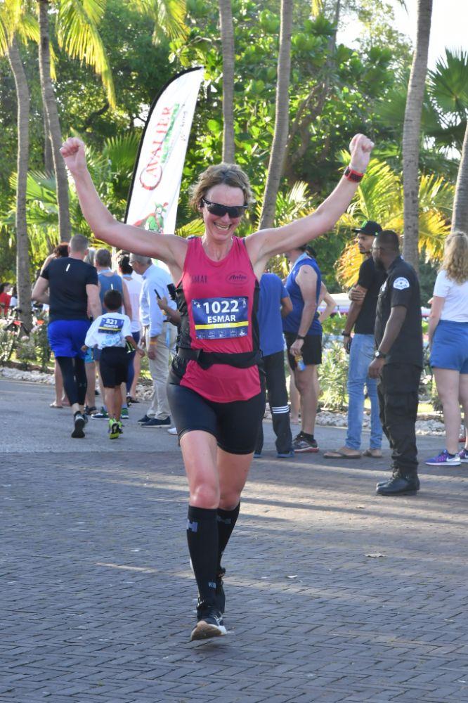 Halve marathon van Curaçao - de finish