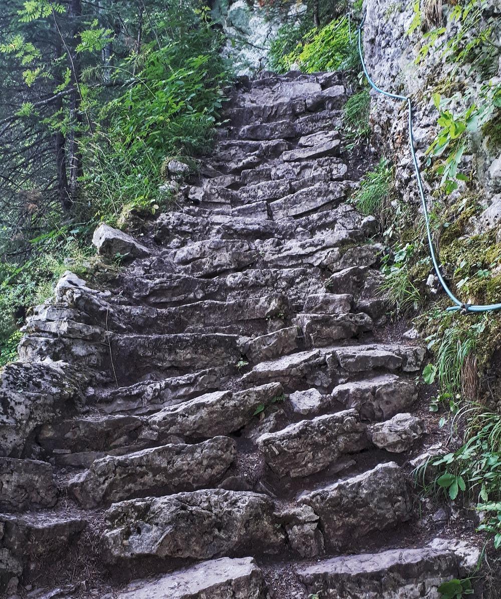 Hardlopen in Montenegro - de trap