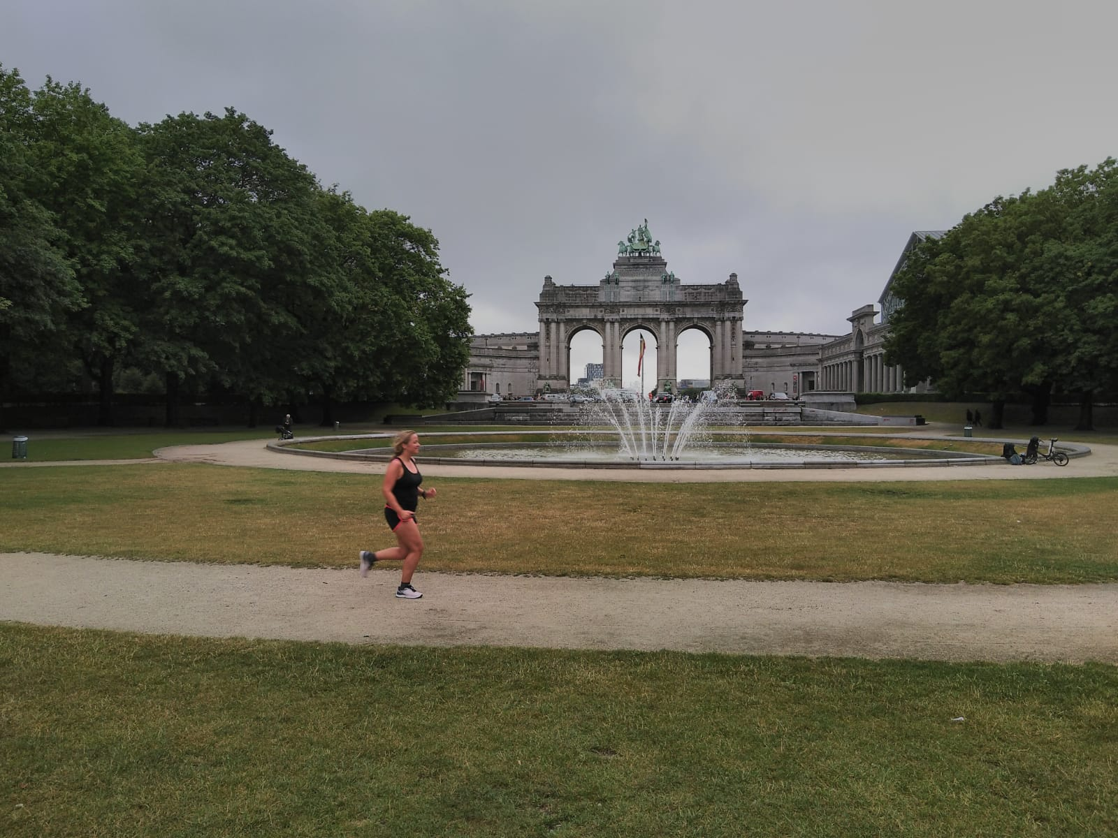 Hardlopen in Brussel jubelpark arc de triomph
