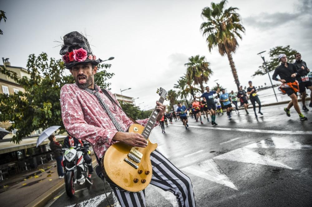 Marathon des Alpes Maritimes - muzikanten