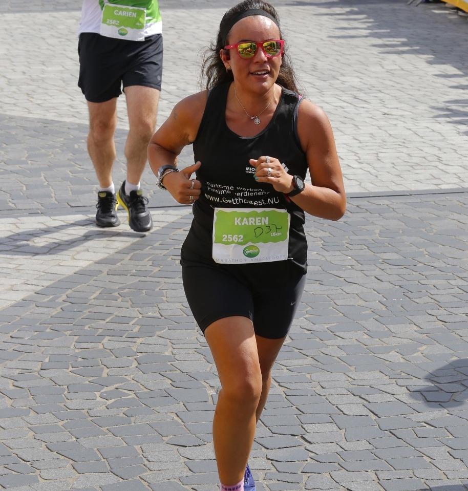 Karen Marcus Bliekendaal - Girls Run The World 1
